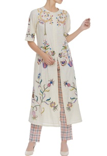 front-slit-kurta-with-thread-work
