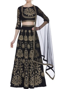 zari-embroidered-lehenga-set