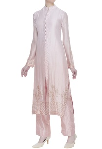 embroidered-kurta-with-pants