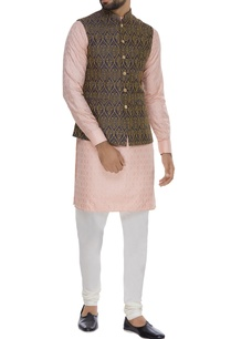 thread-embroidered-nehru-jacket