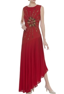 bead-embroidered-pleated-dress
