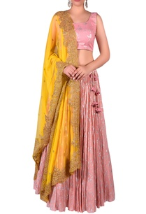 embroidered-blouse-with-lehenga-zari-embroidered-dupatta