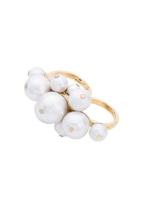 oversized-pearl-double-ring