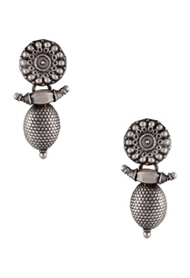antique-finish-statement-earrings