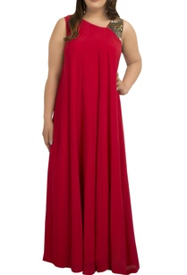 metal-art-hand-embroidered-flared-maxi-dress