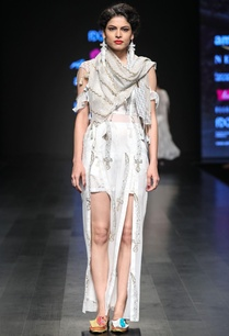 embroidered-dress-with-scarf