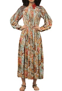 pleated-texture-patchwork-embroidered-maxi-dress