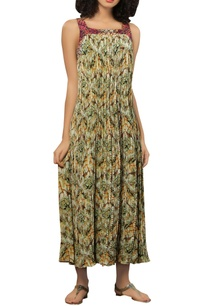 pleated-maxi-dress-with-threadwork-embroidery