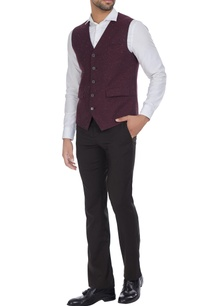 cotton-waistcoat-with-uneven-hemline