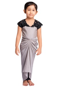 grey-embroidered-draped-dress-with-churidar
