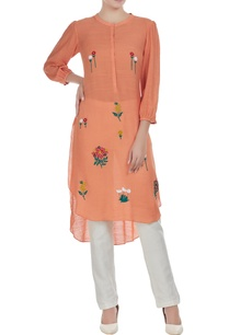 hand-embroidered-floral-kurta