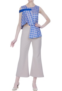 peplum-textured-blouse-with-mini-flared-pants