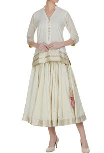 embroidered-short-kurta-with-skirt