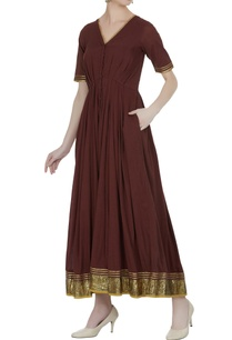 pleated-maxi-dress-with-embroidered-border
