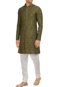 floral-embroidered-kurta-with-churidar