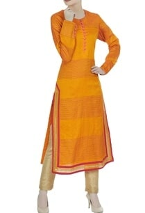 textured-kurta-with-side-slits