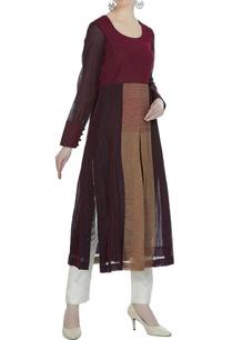 high-slit-style-textured-kurta