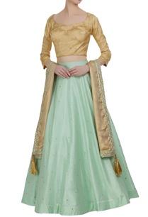 banarasi-blouse-with-embroidered-lehenga-and-dupatta