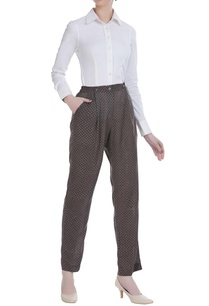 high-waist-pleated-style-pants