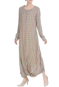 checkered-pattern-dress-with-full-sleeves