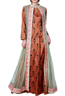 printed-shirt-suit-with-long-embroidered-jacket