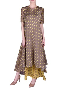star-printed-double-layer-kurta