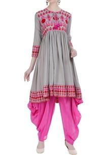 aari-embroidered-dhoti-set