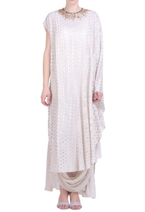 foil-printed-kaftan-with-cowl-skirt