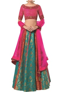 embroidered-lehenga-with-blouse-and-organza-dupatta