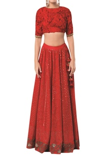 embroidered-lehenga-with-textured-blouse