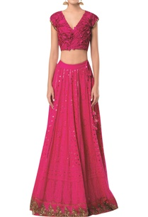 lucknowi-lehenga-with-textured-blouse