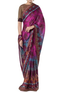 embroidered-border-sari-with-zippered-blouse
