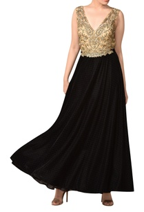 velvet-gota-embroidered-deep-neckline-gown