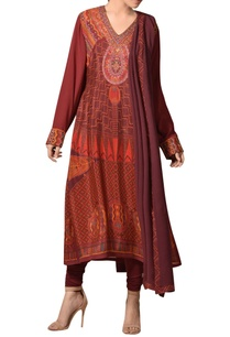 hand-thread-embroidered-african-inspired-kurta-set