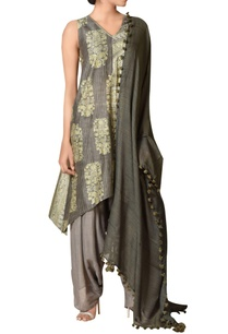 chanderi-silk-asymmetric-kurta-set
