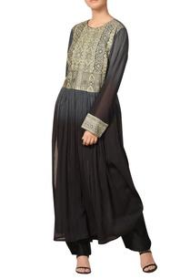 chanderi-embroidered-ajrak-inspired-kurta-set