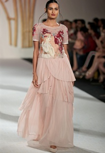 slogan-bead-embroidered-t-shirt-with-draped-skirt