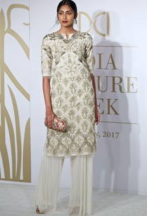 sequin-embroidered-kurta-with-farshi-pants