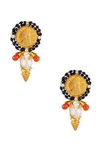 coin-detail-earrings-with-baroque-pearls