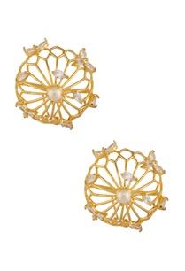 oversized-circular-earrings
