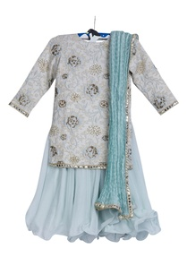 embroidered-kurta-with-palazzo-set