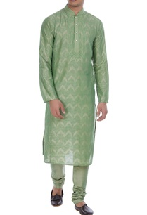 block-printed-kurta-with-embroidered-placket