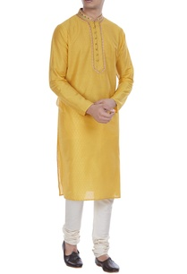printed-kurta-with-button-placket