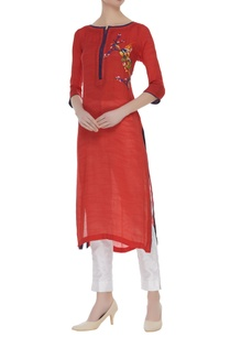 long-kurta-with-thread-embroidery