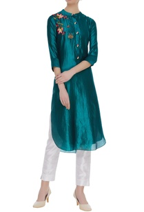 embroidered-kurta-with-sequin-work