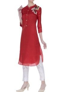 floral-embroidered-kurta-with-bead-work