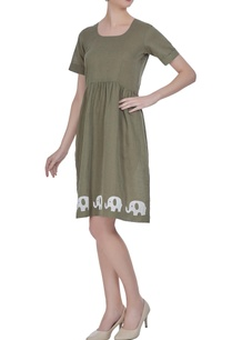 summer-dress-in-patchwork-embroidery