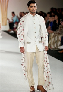 solid-embroidered-bandhgala-with-trousers-stole