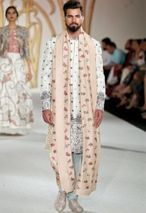embroidered-sherwani-with-churidar-and-stole