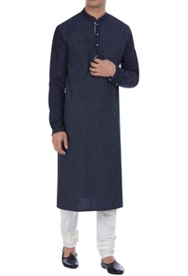 pintuck-details-knee-length-kurta